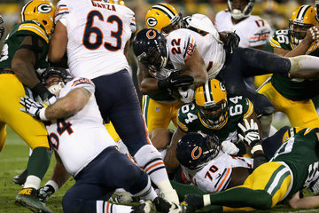Mike Pennel Chicago Bears v Green Bay Packers