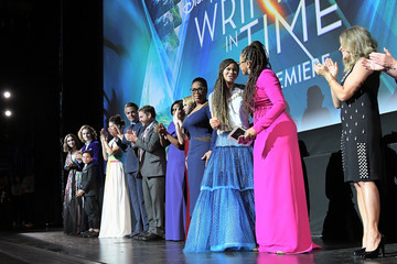 Mindy Kaling Reese Witherspoon World Premier Of Disney's 'A Wrinkle In Time'