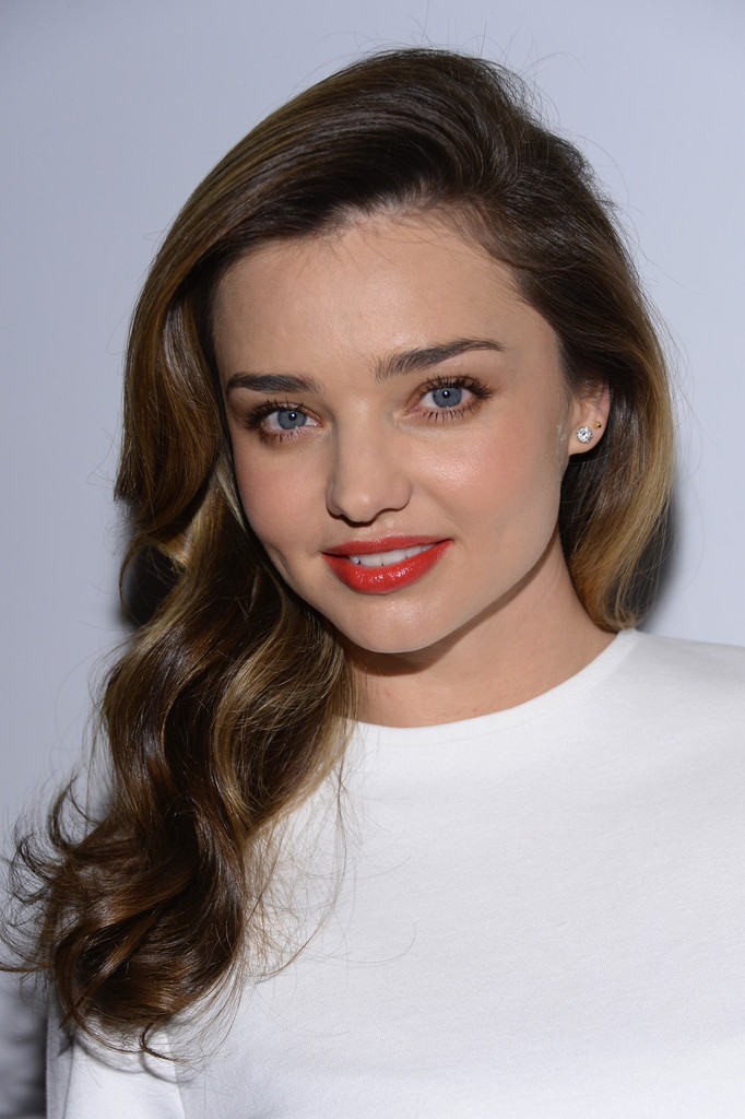 Miranda Kerr's Guide To Wearing Blush Like A Pro