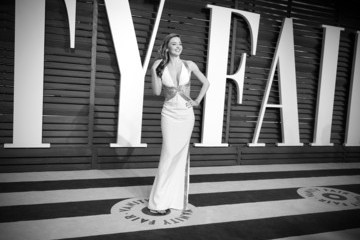 Miranda Kerr Alternative Look at the Vanity Fair Oscar Party