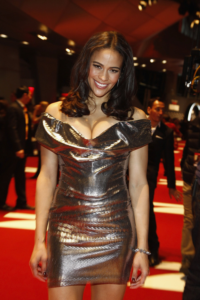 """Bmw Motorcycle Jacket >> Paula Patton Photos Photos - """"Mission:Impossible - Ghost ..."""