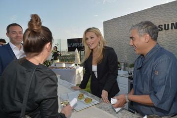 Molly Sims Samsung Home Appliances Hosts Billboard Music Awards Viewing Party