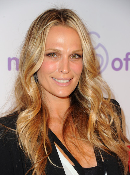 http://www3.pictures.zimbio.com/gi/Molly+Sims+March+Dimes+6th+Annual+Celebration+YJadqfkUs69l.jpg