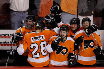 Claude Giroux Danny Briere Montreal Canadiens v Philadelphia Flyers - Game Five