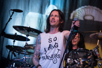 Myles Kennedy Slash Featuring Myles Kennedy And The Conspirators In Concert - New York, NY