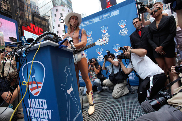 http://www3.pictures.zimbio.com/gi/Naked+Cowboy+Launches+New+York+City+Mayoral+O0adoAeQwKgl.jpg