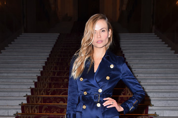 Natasha Poly Balmain: Arrivals - Paris Fashion Week Womenswear Fall/Winter 2018/2019