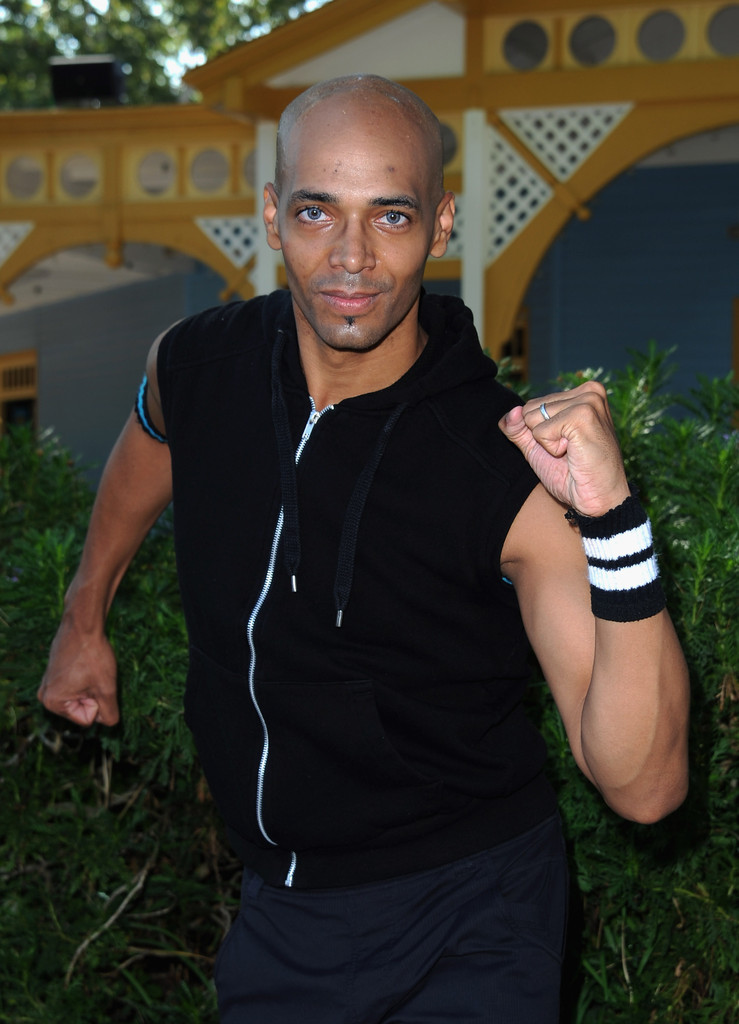 Tae Bo® | Essential Cardio Kickboxing for Healthy Lifestyles