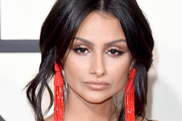 Nazanin Mandi The 58th GRAMMY Awards - Arrivals