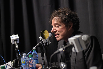 Neal Schon SiriusXM Broadcasts Live Interviews From The Rock And Roll Hall Of Fame Induction Ceremony 2017