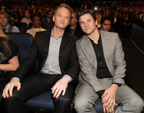 neil patrick harris and david burtka kissing. david burtkadavid urtka