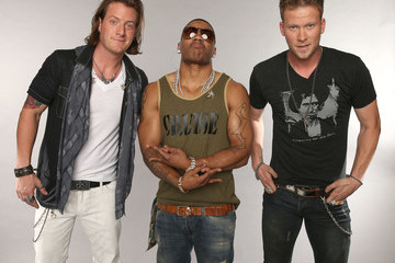 Nelly Brian Kelley CMT Music Awards Wonderwall Portrait Studio