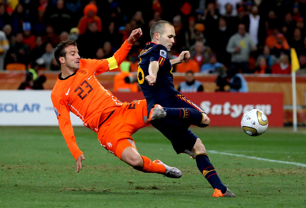 Andres iniesta in netherlands v spain 2010 fifa world cup - Final coupe du monde 2010 match complet ...