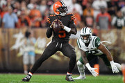 Tyrod Taylor #5 of the Cleveland Browns looks to pass during the first quarter against the New York Jets at FirstEnergy Stadium on September 20, 2018 in Cleveland, Ohio.