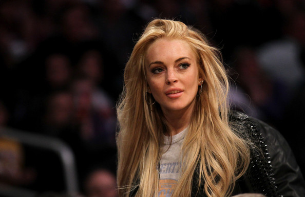 Lindsay+Lohan in New York Knicks v Los Angeles Lakers