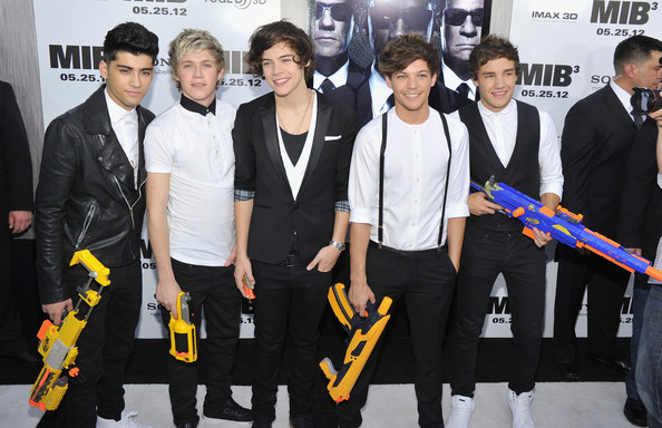 "Niall Horan (L-R) Zayn Malik, Niall Horan, Harry Styles, Louis Tomlinson and Liam Payne of One Direction attend the ""Men In Black 3"" New York Premiere at Ziegfeld Theatre on May 23, 2012 in New York City."