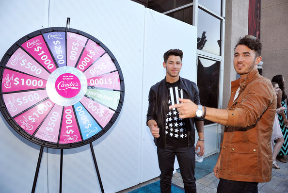 Nick Jonas - Candie's At The Teen Choice 2013 Awards