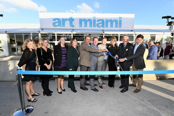 Art Miami/CONTEXT Art Miami 2017 [product,transport,community,event,team,ribbon,tourism,vehicle,company,businessperson,context art miami 2017,ken russell,joe namath,nick korniloff,pamela cohen,mike tansey,art miami context,miami,florida,art miami]