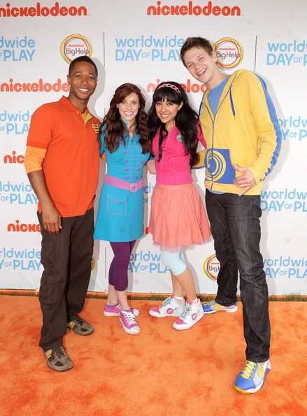 (L-R) Thomas Hobson, Tara Perry, Yvette Gonzalez-Nacer and Jon Beavers of The Fresh Beat Band celebrate Nickelodeon's largest ever Worldwide Day of Play at the Ellipse on September 24, 2011 in Washington, DC.