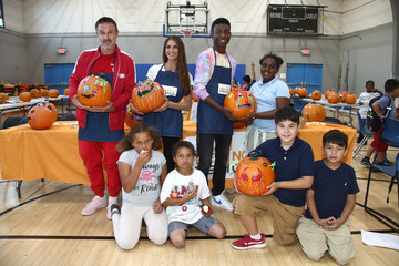 Niles Fitch Feeding America And The LA Regional Food Bank Celebrate Halloween With The Boys And Girls Club Of Santa Monica
