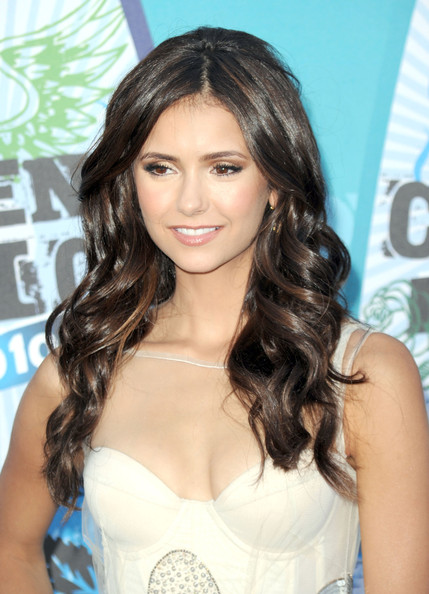 Nina Dobrev 2010 Teen Choice Awards Arrivals
