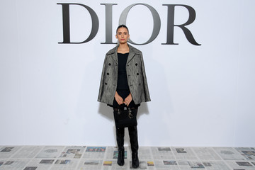 Nina Dobrev Dior : Photocall - Paris Fashion Week Womenswear Fall/Winter 2020/2021