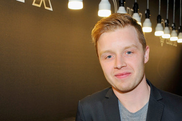 Noel Fisher Kari Feinstein's Style Lounge Presented By LIFX - Day 2
