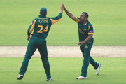 Samit Patel of Nottinghamshire celebrates the wicket of Brett D'Oliveira of Worcestershire with Ross Taylor, after he was caught by Matthew Carter of Nottinghamshire during the Royal London One-Day Cup match between Nottinghamshire nad Worcestershire at Trent Bridge on June 1, 2018 in Nottingham, England.