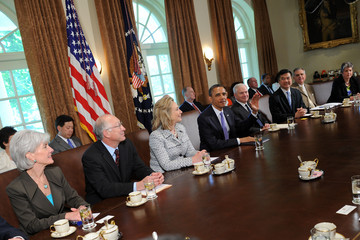 Hillary Clinton Robert Gates Obama Holds Cabinet Meeting