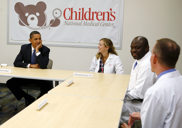 U.S. President Barack Obama (L) meets with healthcare providers at Children's National Medical Center July 20, 2009 in Washington, DC. According to reports, Obama vowed to press ahead with his healthcare reform legislation in the face of GOP criticism.