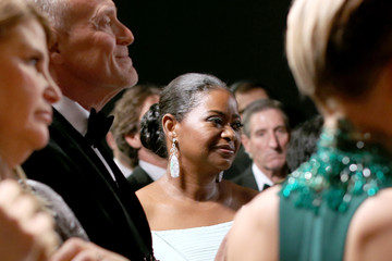 Octavia Spencer Behind the Scenes at the Oscars