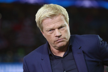 Oliver Kahn Paris Saint-Germain v Bayern Muenchen - UEFA Champions League