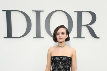 Olivia Cooke Christian Dior : Photocall - Paris Fashion Week Womenswear Spring/Summer 2019