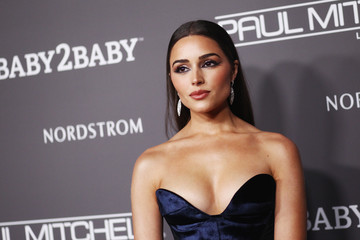Olivia Culpo 2018 Baby2Baby Gala Presented By Paul Mitchell - Red Carpet
