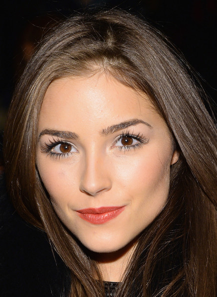olivia dating marcedes Olivia culpo knows what she wants — and what she doesn't the newly single model spoke candidly about what she looks for in a man and revealed the one trait she won't tolerate the former .