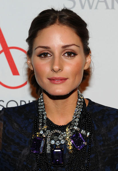 http://www3.pictures.zimbio.com/gi/Olivia+Palermo+2010+ACE+Awards+Presented+Accessories+WKw7W-1osQUl.jpg