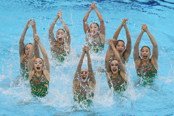 Synchronized Swimming With Swimsuit Malfunction | Smells Like Chlorine