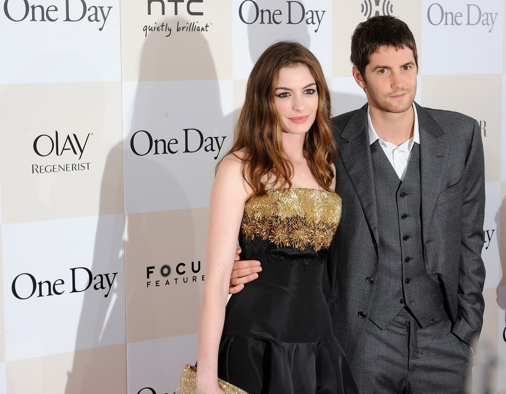 anne hathaway and jim sturgess photos photos one day new york anne hathaway and jim sturgess photos photos one day new york premiere outside arrivals zimbio