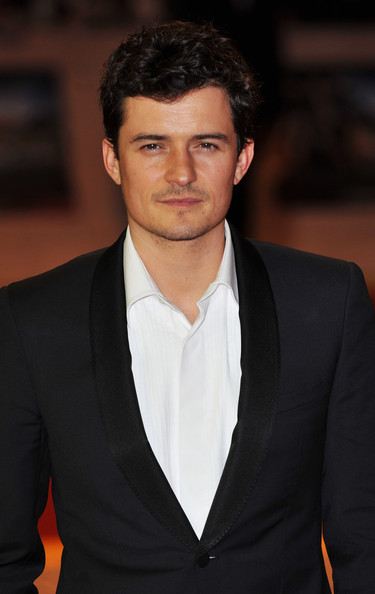 "Orlando Bloom Actor Orlando Bloom attends the world exclusive premiere of ""The Three Musketeers"" in 3D at Vue Westfield on October 4, 2011 in London, England."