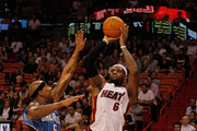 LeBron James Quentin Richardson Photos Photo