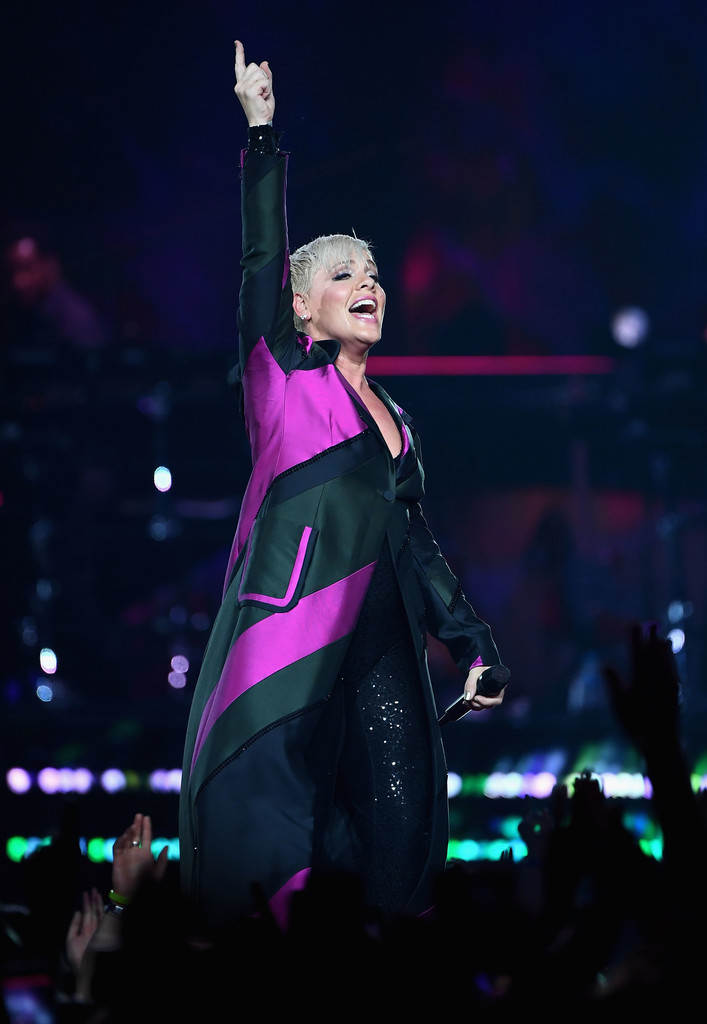 Pink tour dates in Melbourne