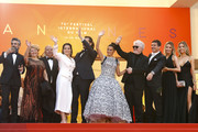 """(L) Leonardo Sbaraglia (3L) Nieves Alvarez, Asier Etxeandia, Penelope Cruz, wearing Atelier Swarovski Fine Jewelry, Director Pedro Almodovar, Antonio Banderas, Nicole Kimpel and her twin sister attend the screening of """"Pain And Glory (Dolor Y Gloria/Douleur Et Gloire)"""" during the 72nd annual Cannes Film Festival on May 17, 2019 in Cannes, France."""