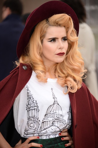 paloma faith upside down
