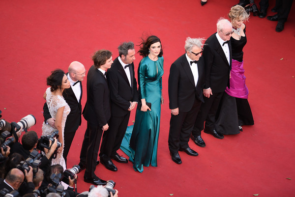 'Youth' Premiere - The 68th Annual Cannes Film Festival [red,event,carpet,red carpet,formal wear,performance,flooring,suit,stage,premiere,l-r,youth premiere - the 68th annual cannes film festival,premiere,cannes film festival,paolo sorrentino,actors,jane fonda,harvey keitel,micheal caine,rachel weisz]