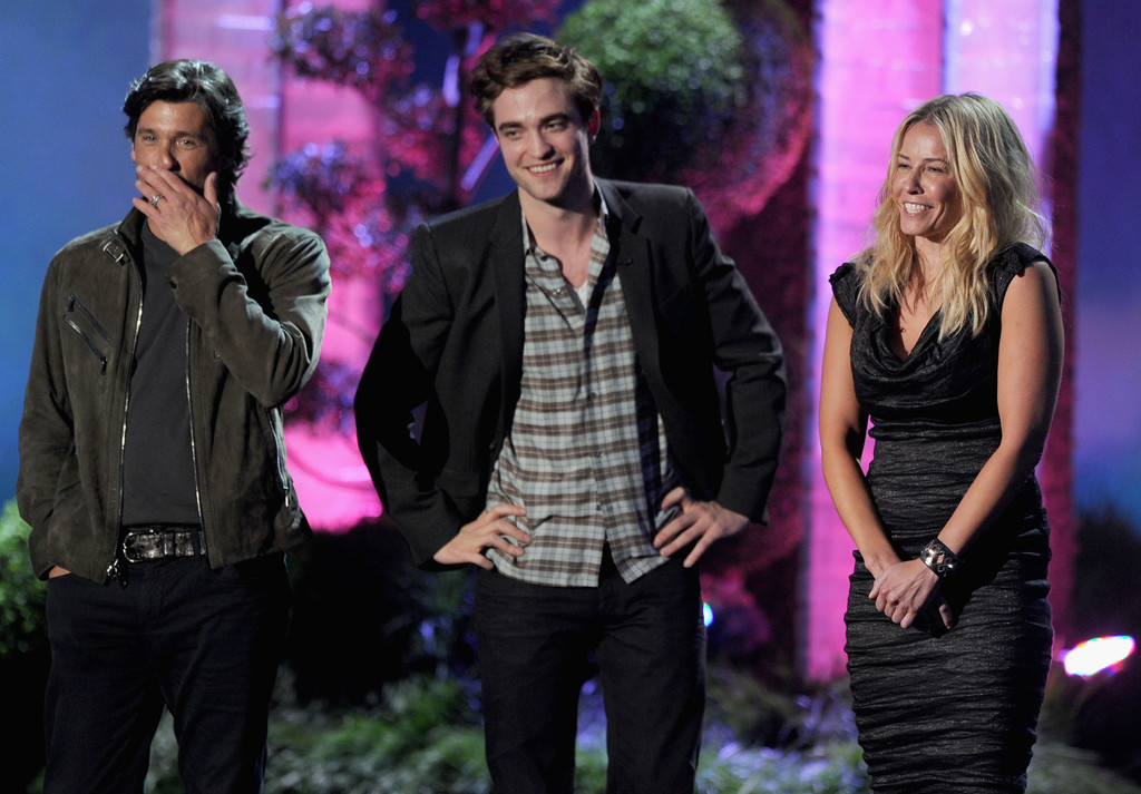 http://www3.pictures.zimbio.com/gi/Patrick+Dempsey+2011+MTV+Movie+Awards+Show+-Z6COzbDB7ax.jpg