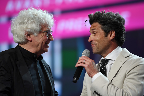 patrick dempsey and jean jacques annaud photos photos 39 the truth about the harry quebert. Black Bedroom Furniture Sets. Home Design Ideas