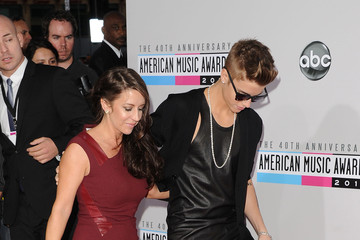 Pattie Mallette The 40th American Music Awards - Arrivals
