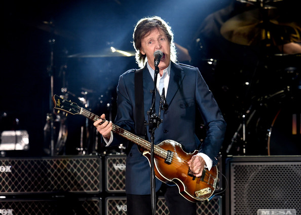 Paul McCartney - Paul McCartney Performs at PETCO Park