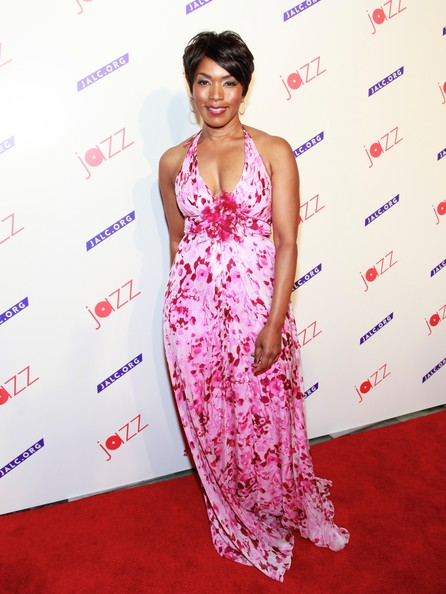 Actress Angela Bassett attends the Paul Simon Songbook to Benefit Jazz at Lincoln Center gala concert & dinner at Frederick P. Rose Hall, Jazz at Lincoln Center on April 18, 2012 in New York City.