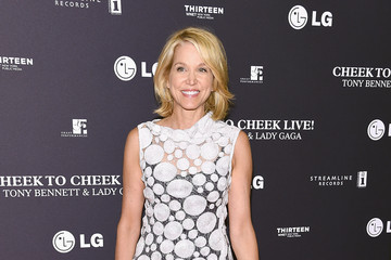Paula Zahn 'Cheek to Cheek' Red Carpet Event